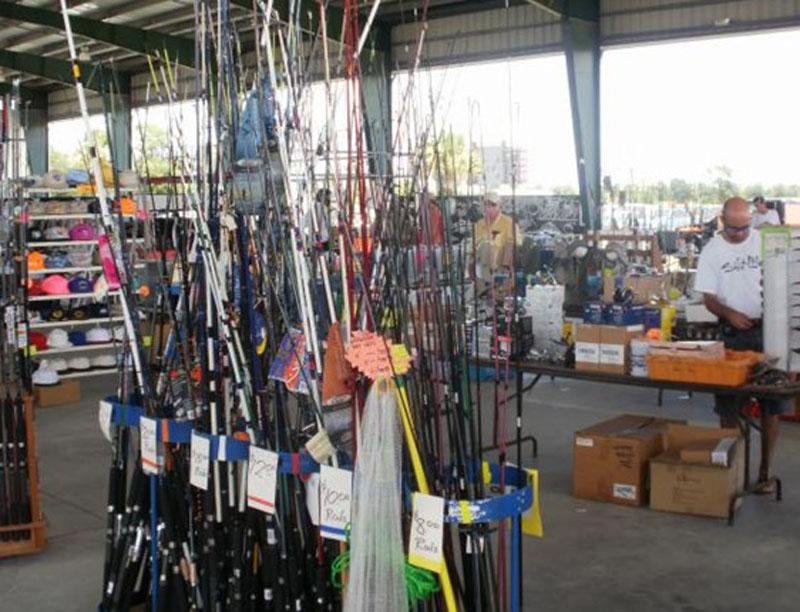 Orlando nautical flea market and seafood festival today for Fish market orlando