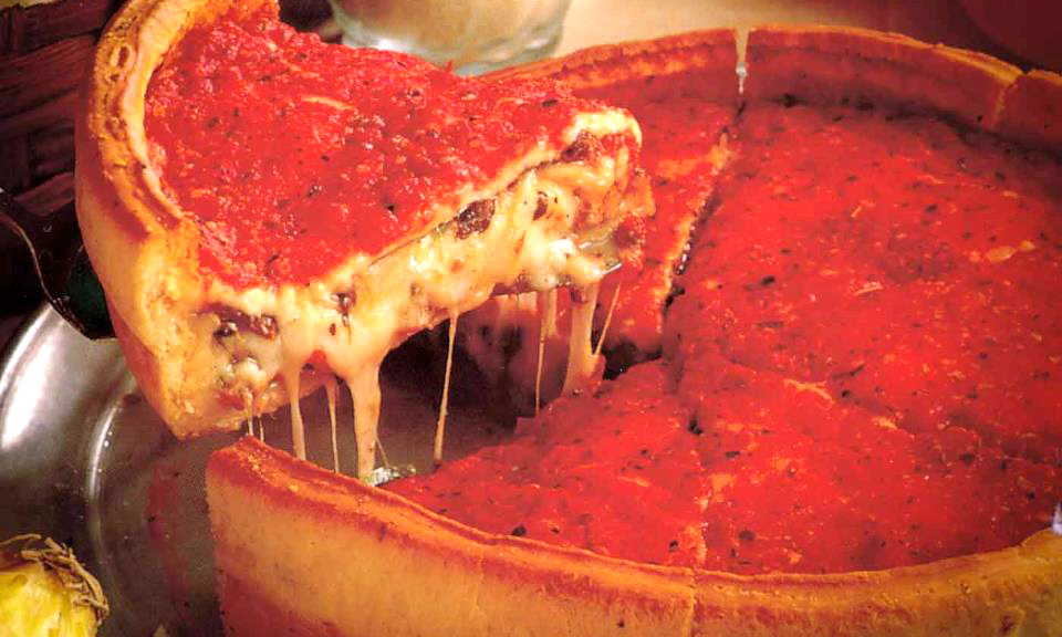 But first we went to Giordano's and ordered a small Chicago-style pizza [and enjoyed a beer while our pizza baked at the bar] to take back to our room. There used to be a Giordano's in Tampa, but since they have closed, I have missed their pies.