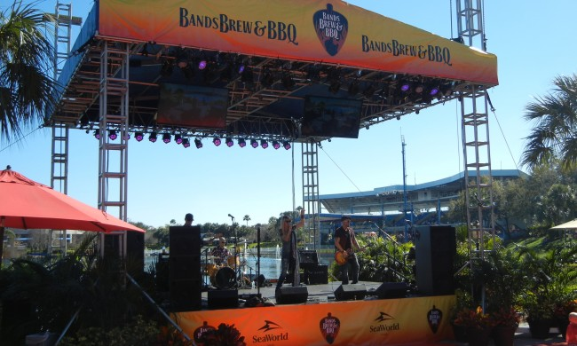 SeaWorld Orlando's Bands, Brew & BBQ event should be at the top of your to do list.
