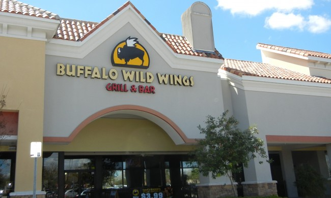 Buffalo Wild Wings Grill Bar Waterford Lakes Todays Orlando